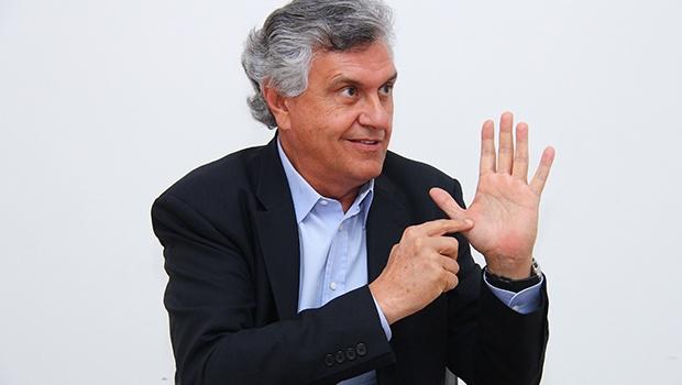 Senador Ronaldo  Caiado: 400 anos de  uma aristocracia  das bananas