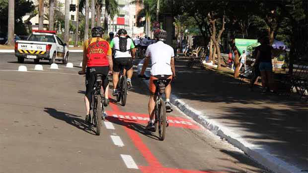 Ciclistas deixam de ser invisíveis com nova ciclofaixa?