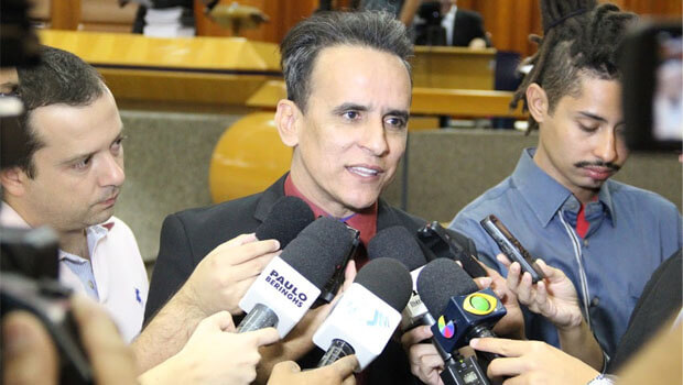 """Vereador Zander Fábio avalia como """"equívoco"""" decisão judicial que decretou sua prisão"""