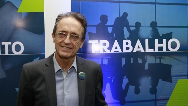 Aldo Arantes durante inauguração do escritório político do pré-candidato Flávio Buonaduce