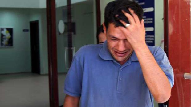 """""""Peguei meus filhos nos braços e percebi que estavam mortos"""", diz pai de menino sírio afogado"""