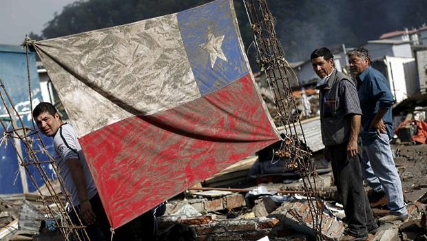 Após terremoto que deixou mais de 1 milhão de desabrigados, Chile cancela alerta de tsunami