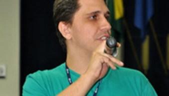 """Estevão Fernandes: nos Estados Unidos e no Canadá, indígenas homossexuais eram chamados de """"dois espíritos"""""""