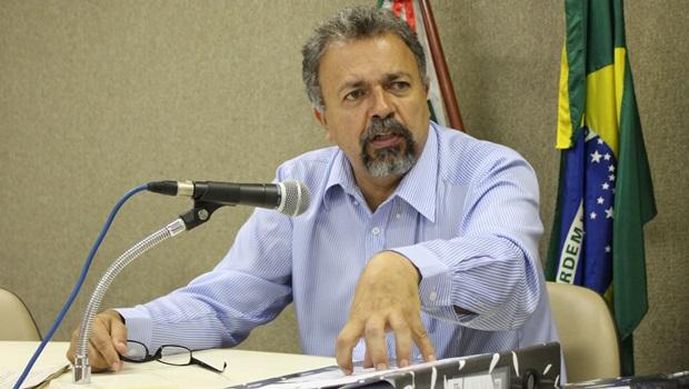 CCJ aprova decreto que suspende contrato de empresa de iluminação com Prefeitura