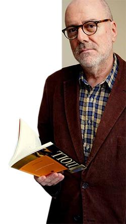 """Noll: O microconto  """"Afã"""", do livro """"Mínimos, múltiplos, comuns"""", que rendeu a João Gilberto Noll o prêmio da Academia Brasileria  de Letras, é analisado na edição   Francisco Marshall"""