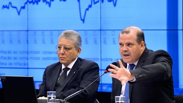 Tombini falou sobre a forte alta do dólar   Foto: Wilson Dias / Agência Brasil