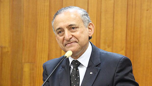 Tucano assume Paço com ausência de prefeito e vice