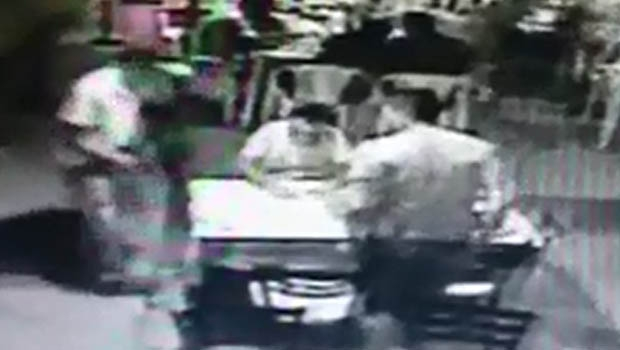 Estabelecimento foi alvo de arrastão na noite de sexta-feira (19) | Foto: Reprodução/Vídeo