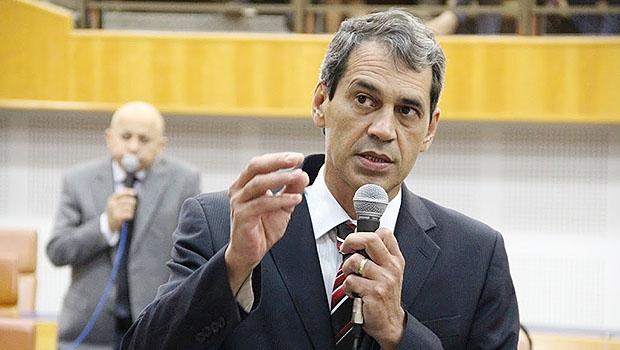 Vereador Carlos Soares é líder da prefeitura na Câmara | Foto: Alberto Maia/Câmara de Goiânia