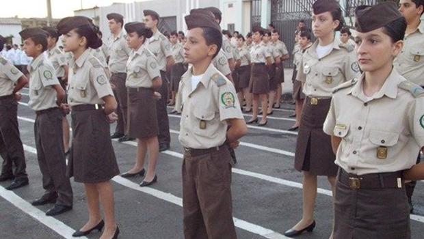 Mais duas unidades serão transformadas em colégios militares