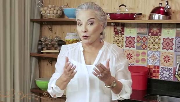 Sem mandato, Dona Íris anuncia volta de seu programa de TV