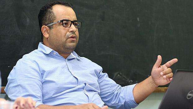 """""""Nada mais é do que uma privatização"""", diz presidente da Adufg sobre proposta do MEC"""