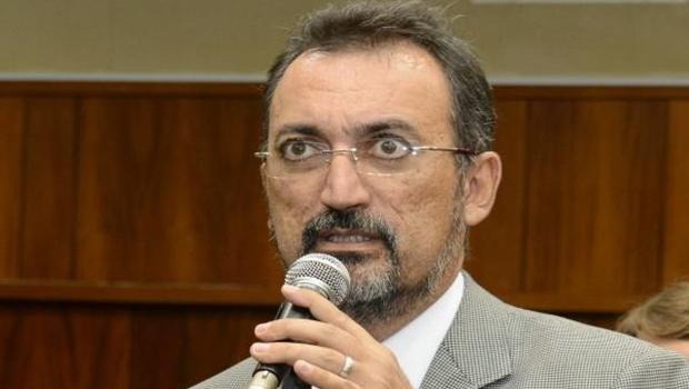 Humberto Aidar quer proibição de taxa de religação de energia para idosos