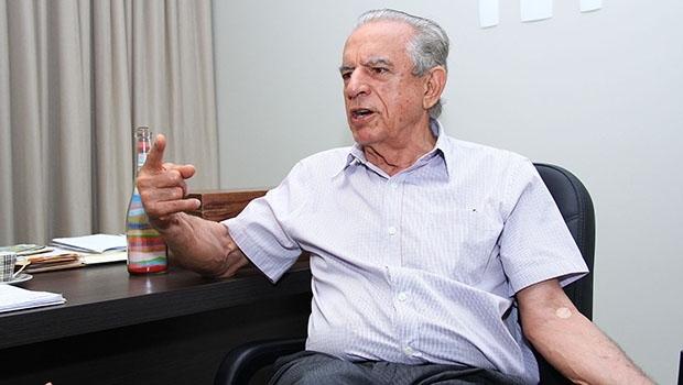 Peemedebista Iris Rezende diz que propriedades rurais foram compradas com dinheiro de quando atuou como advogado e da venda de uma das fazendas e que não houve repasse da Odebrecht na década 1980