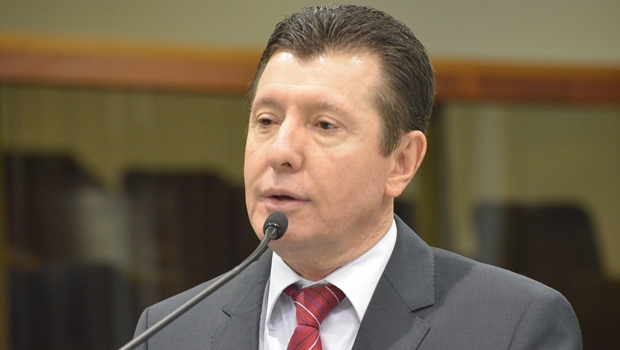 José Nelto diz que retirou seu nome e apoiará Daniel Vilela para presidir PMDB goiano