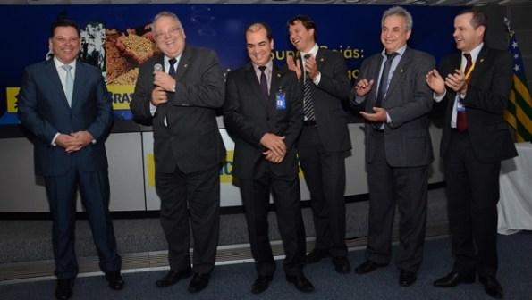 Governador e diretores do Banco do Brasil   Foto: Mantovani Fernandes