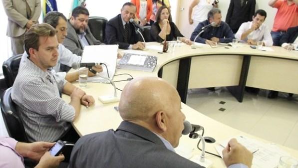 Vereadores durante a audiência pública na Câmara | Foto: Marcelo do Vale