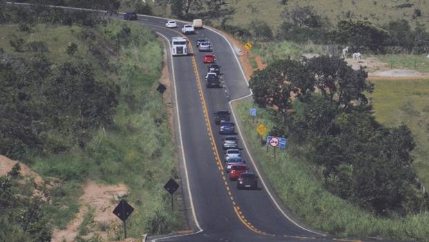 Governo decreta restrição de caminhões em rodovias goianas durante feriado