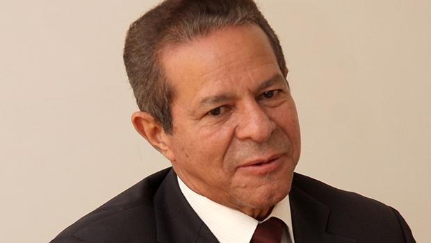 Economista Simão Cirineu | Fernando Leite/Jornal Opção