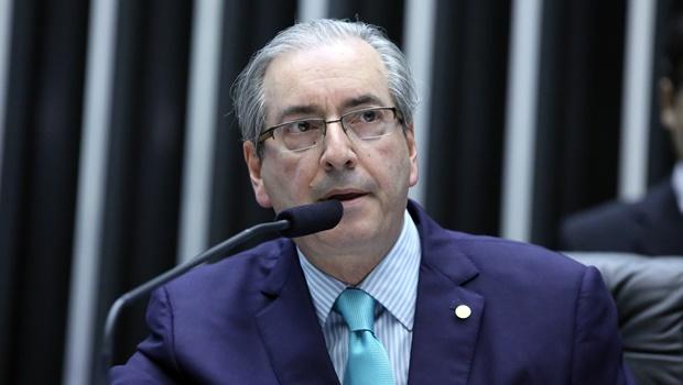 Cunha acusa mídia de divulgar notícias apenas para constrangê-lo