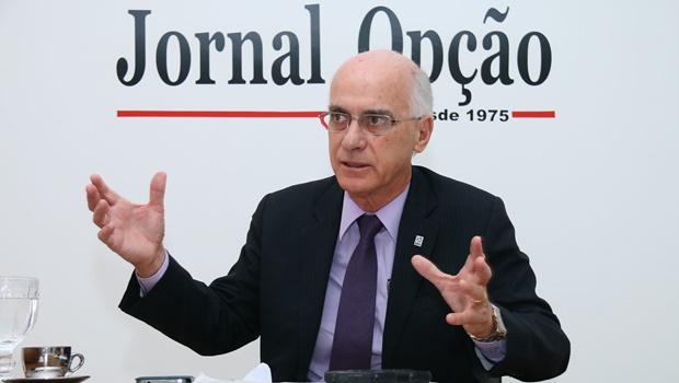 Corte de verbas não é responsável por queda da UFG em ranking da Folha, diz reitor