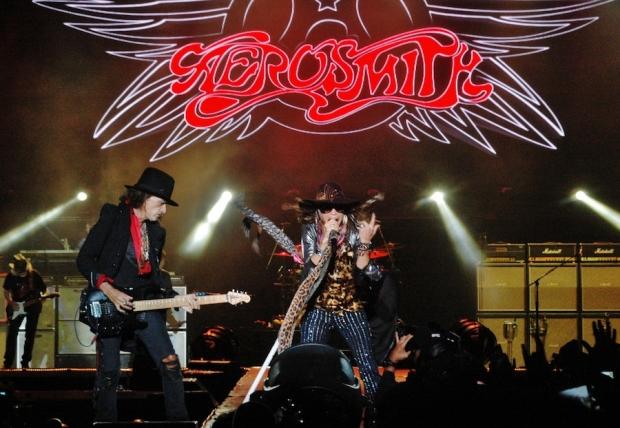 Aerosmith e Whitesnake fecharam o último dia do festival de 2013 | Foto: Reprodução