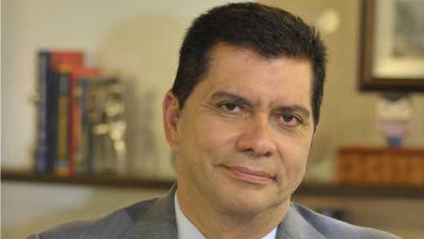 Prefeito Carlos Amastha: equívocos políticos e administrativos