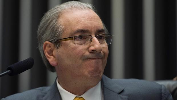 Quem assume se Eduardo Cunha for afastado?