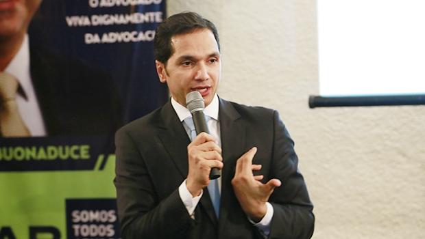 Pedro Paulo ministrou palestra no comitê de Flávio Buonaduce   Divulgação