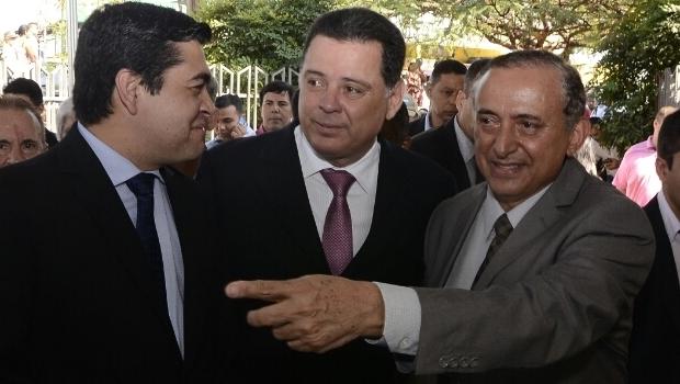 Tucanato em Goiânia: presidente da Câmara, Tayrone de Martino; governador Marconi Perillo; e o prefeito Anselmo Pereira | Foto: Rodrigo Cabral
