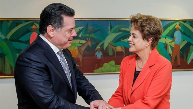 Presidente Dilma Rousseff e governador Marconi Perillo: relação cordial e administrativamente proveitosa provoca ciúme na base aliada do governo federal em Goiás?