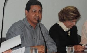 Presidente da FGM, Divino Alexandre, e senadora Lúcia Vânia (PSB) | Foto: