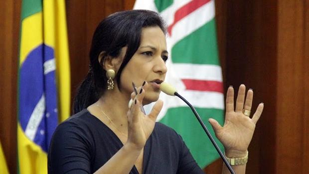 Vereadora Célia Valadão (PMDB) é autora do projeto de lei aprovado em plenário | Alberto Maia/Câmara de Goiânia