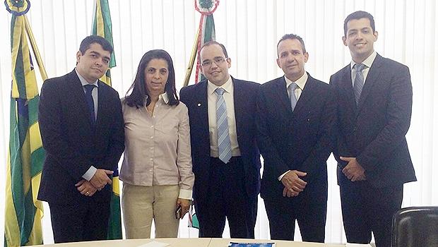 Fábio Sousa (centro ) com parte da bancada do PSDB na Câmara | Divulgação