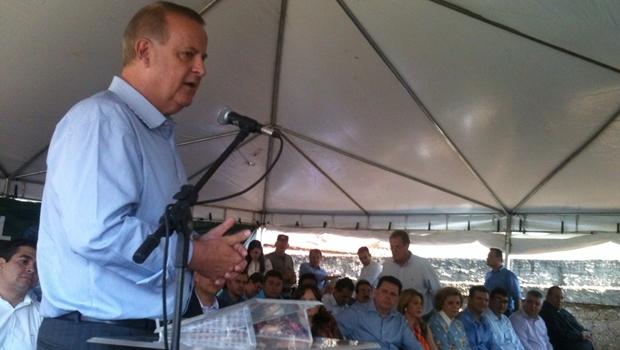 Prefeito Paulo Garcia discursa durante evento no Curitiba III   Foto: Marcello Dantas / Jornal Opção