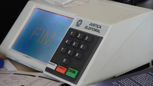Justiça Eleitoral afirma que eleições de 2016 serão manuais