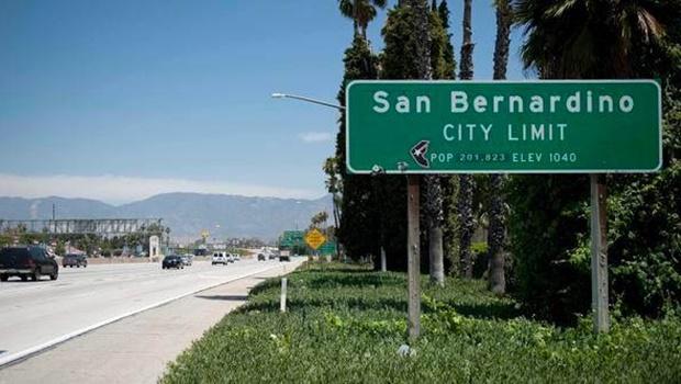 Tiroteio na Califórnia deixa pelo menos 20 vítimas
