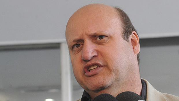 """Célio Silveira rebate Caiado: """"Convênios desenvolverão ainda mais a região do Entorno"""""""