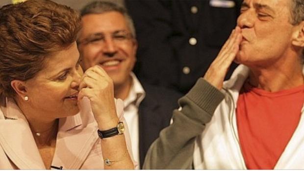 Dilma Rousseff e Chico Buarque: a política é honesta, mas o governo petista é corrupto; o artista tem o direito de apoiá-la e é ilícito criticá-lo, mas ataques rasteiros não são críticas | Divulgação