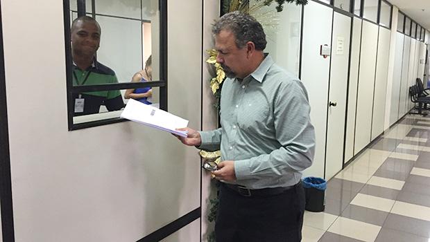 Presidente da CEI das Pastinhas, Elias Vaz protocola representação no MPGO | Alexandre Parrode