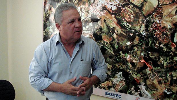 Após bloqueio de bens de Senador Canedo, Misael pede paciência à Justiça