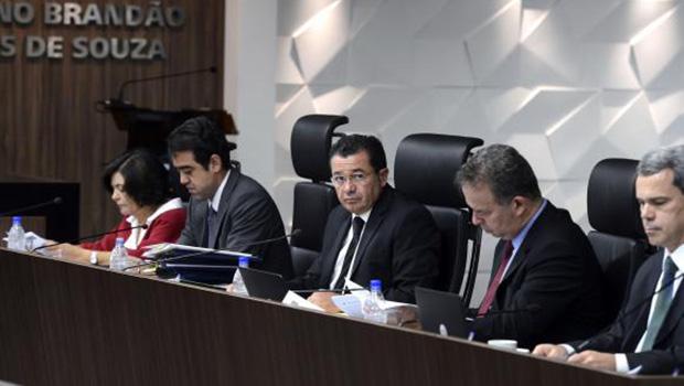 Tribunal de Contas da União (TCU) rejeita recurso do governo sobre atrasos em repasses a bancos públicos em 2014 | Valter Campanato/Agência Brasil