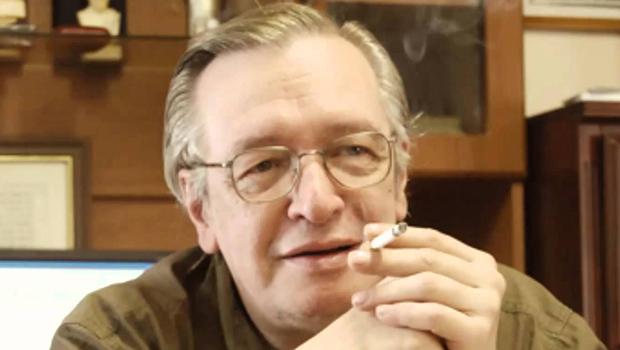 Jair Bolsonaro pode nomear o filósofo Olavo de Carvalho pra embaixador nos Estados Unidos?