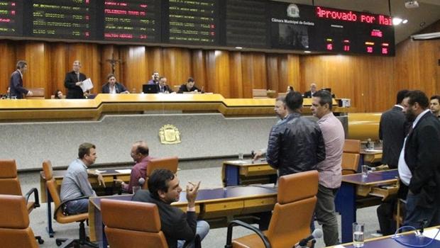 Câmara aprova, em definitivo, terceirização de serviços e negociação de dívidas da Prefeitura