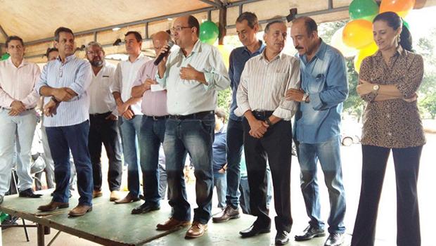 Edilberto Dias comemora aniversário com secretários e vereadores