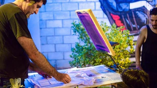 Plus Galeria realiza Serigrafada com estampas de dois artistas diferentes