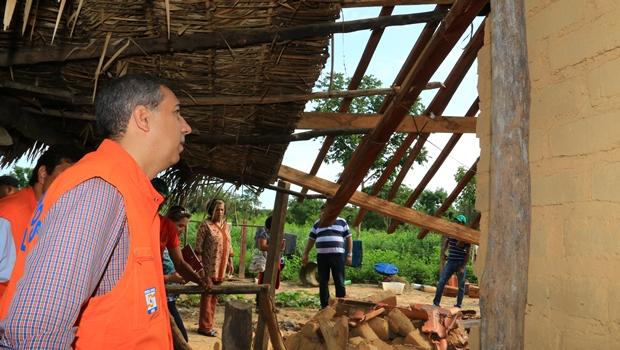 Vice-governador visita vítimas de enchente em comunidade Kalunga