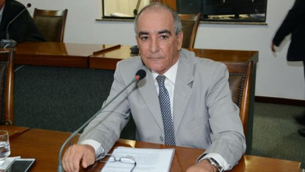 José Salomão pede reestruturação do Hospital de Dianópolis