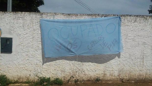Faixa no colégio Carlos de Pina | Foto: reprodução / Secundaristas em Luta