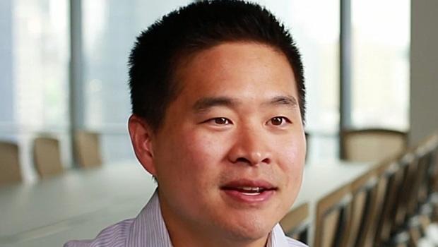 Brad Katsuyama: o canadense que descobriu as malandragens e jogadas das bolsas americanas  e criou uma bolsa alternativa
